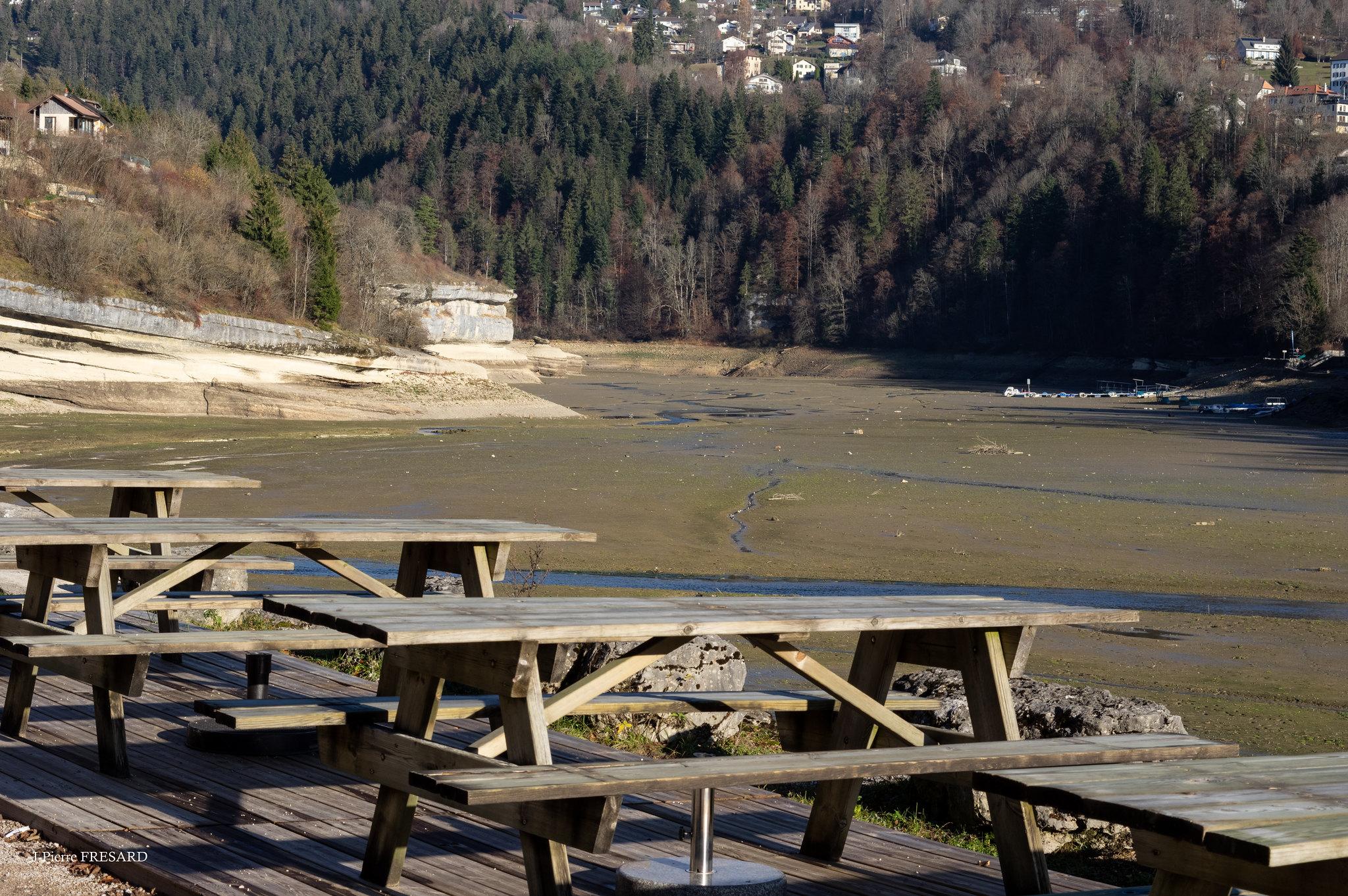 vue sur les Brenets canton du jura suisse