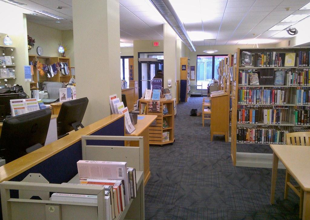 Branch library in Grand Rapids, MI: 2018 December 05