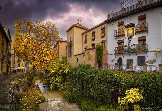 Otoño en la Acera del Darro (Granada)