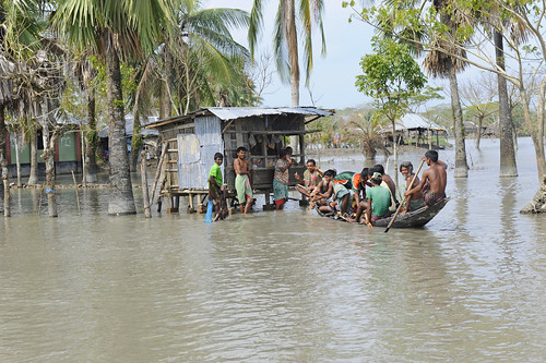Bangladesh battles in the frontline against climate change | by water.alternatives