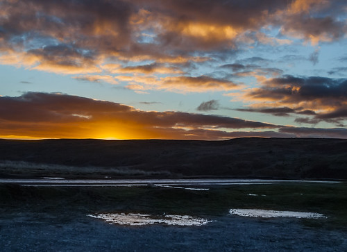 Llan sunrise 5540 (philip hayman)
