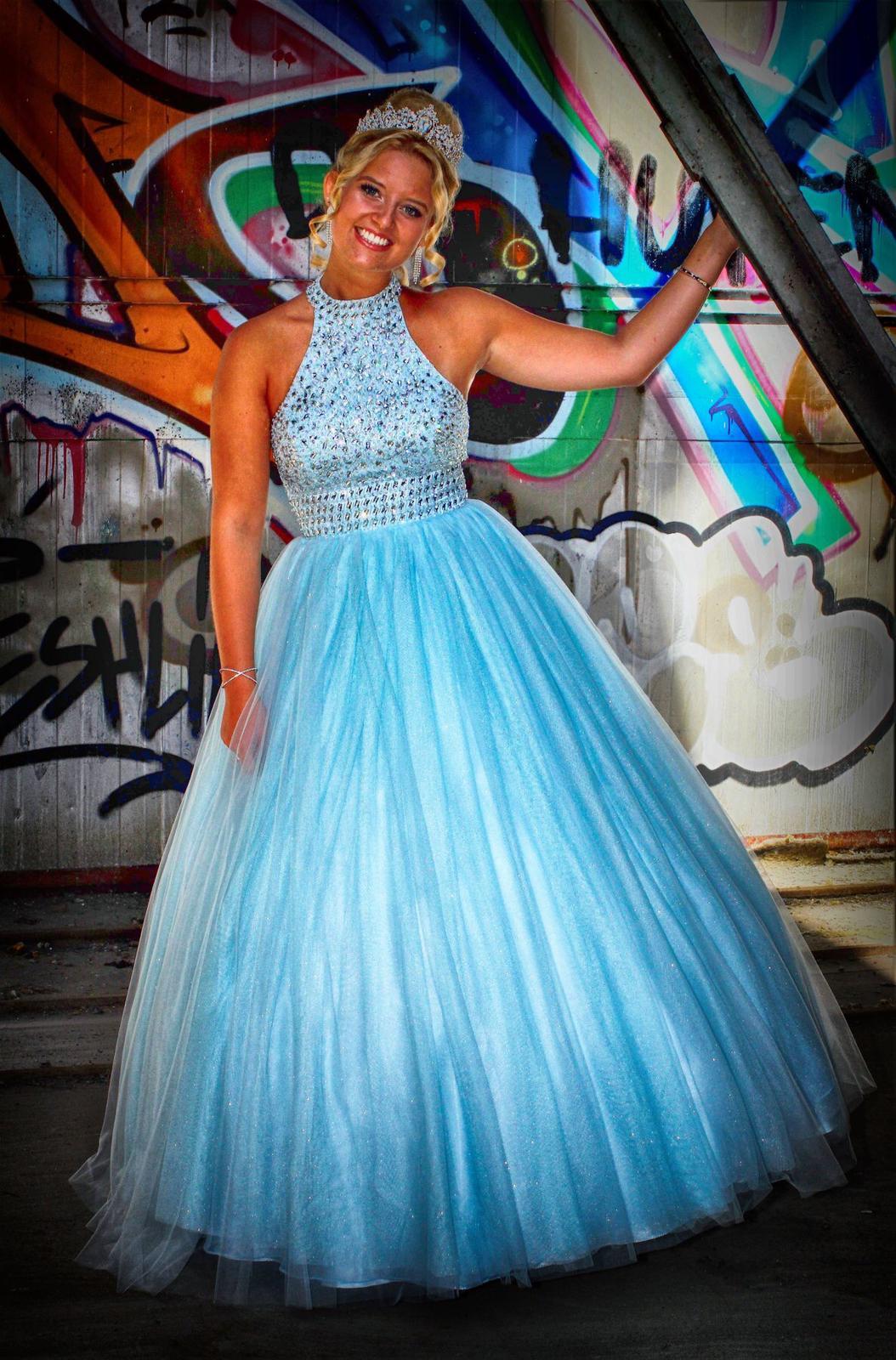Luxina Lucia 1. von Tanz zu Glitzer und Glanz