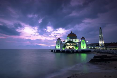 mezquita malasia masjid selat malaca melaka mar