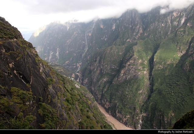 High Trail, Tiger Leaping Gorge, Yunnan, China