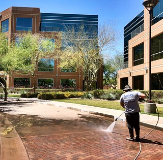 Pressure washing 60,000 sq ft at this office complex in Scottsdale, AZ. Learn more at https//acmepowerwash.com. | by ACME POWERWASH