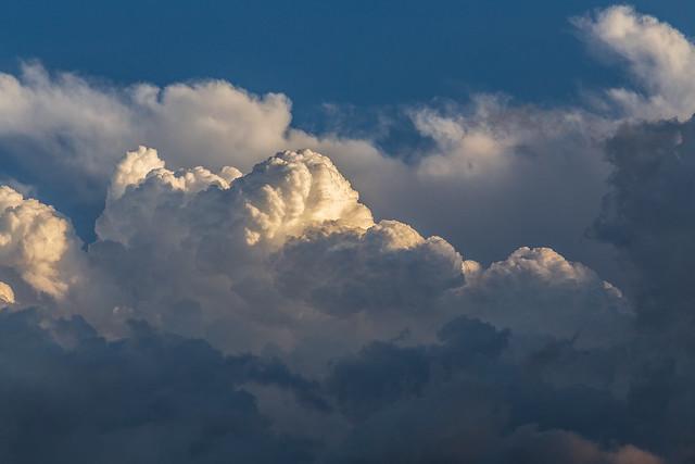 Hoy sólo nubes II.jpg