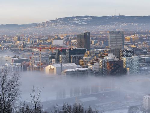 Low fog clouds over Oslo | by jonarnefoss2013
