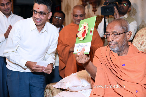 Std-10-11-12-visit-to-Haridham-for-Swamishree's-Blessings-(16) | by Atmiya Vidya Mandir
