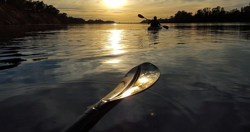 reflection sunset kayak paddling dianne flatwater scenic nature photopaddling paddle kayakers willowcreek sky water golden