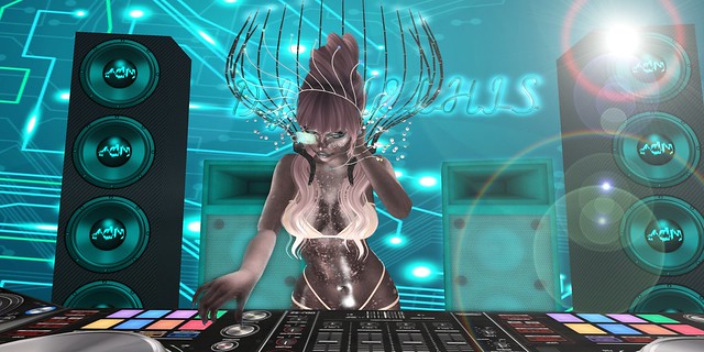 Interstellar Sexy DJ
