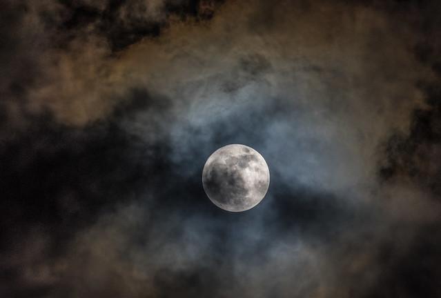 Moon 2018-12-22