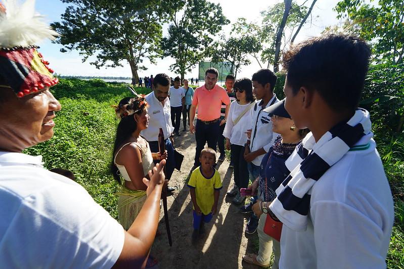 Visita resguardo Indígena Nazareth - Internados - Leticia - Viceministra Constanza Alarcón