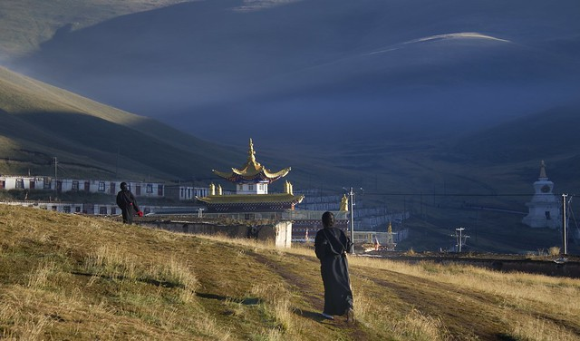 Sunrise kora walk at Sershul monastery, Tibet 2018