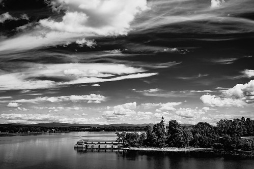 landscape nature sky clouds lakechamplain waterscape water lake blackandwhite monochrome bw mono crownpoint newyork ny vermont addison vt unitedstatesofamerica usa america travel fujifilmxt2 fujixt2 xf23mmf2 xf23mmf2rwr fav10 fav25 fav50