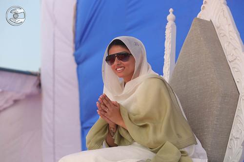 Satguru Mata Sudiksha Ji Maharaj on the holy dais