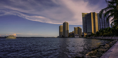 downtownmiami bayview baywallk walking walkingaround waterways biscaynebay outdoors architecture afternoon yacht city colors clouds cityscapes seashore