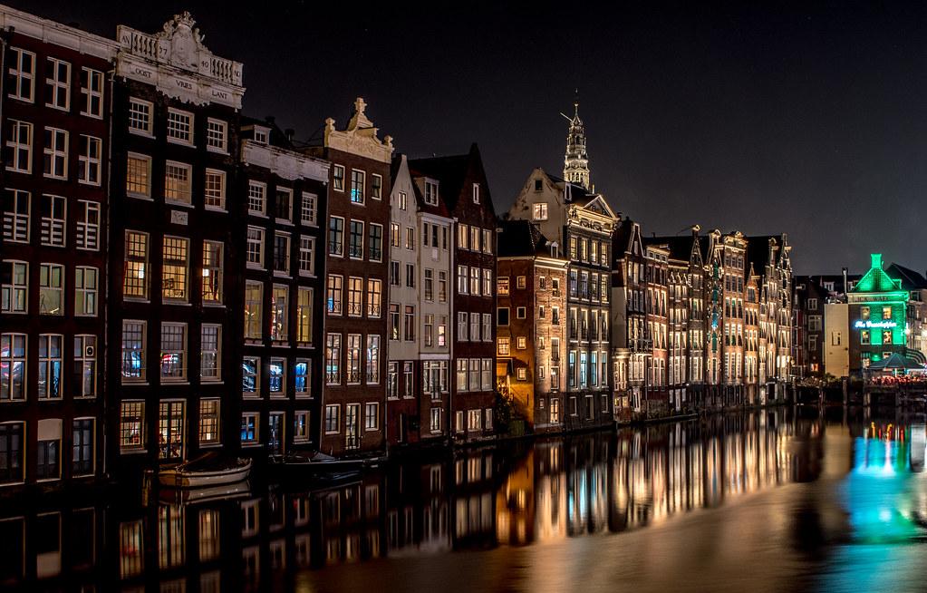 Amsterdam at night | Tomasz Baranowski | Flickr