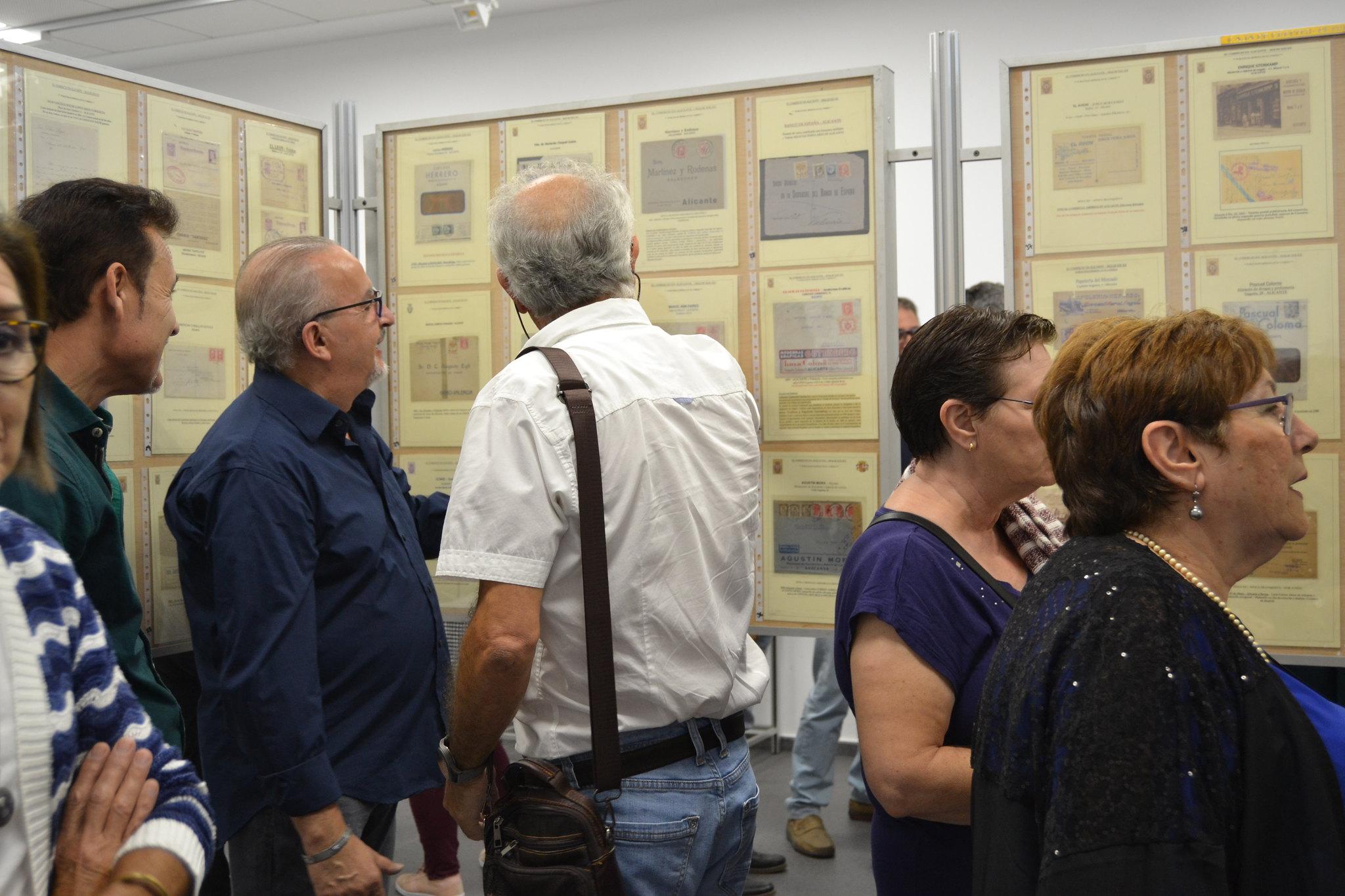 (2018-10-05) - Exposición Filatélica - Inauguración - Diario El Carrer  (24)