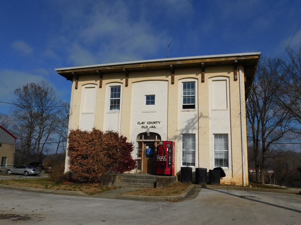 Old) Clay County Jail | Manchester, Kentucky | Jimmy Emerson, DVM