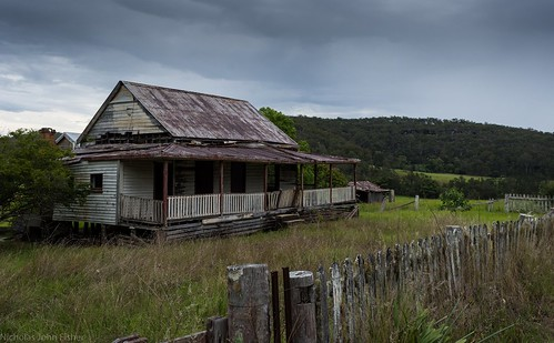 house abandoned dilapidated chambignecreek clarencevalley northernrivers nsw australia building valley landscape australianlandscape