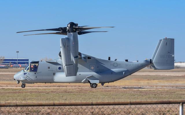 Bell-Boeing.MV-22B Osprey.168676.KAMA.2018-11-09