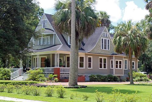 architecture house residence palmtrees ocala florida unitedstates