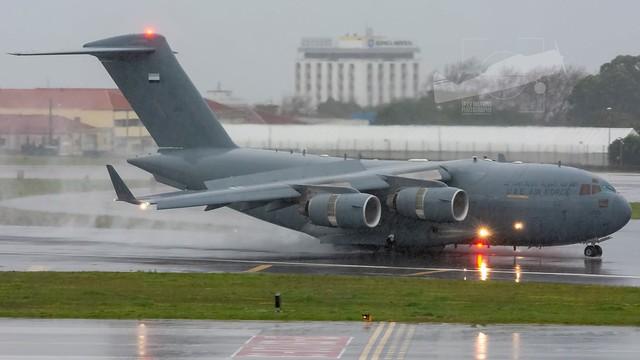 1225 Boeing C-17A Globemaster III United Emirates Air Force.