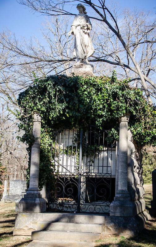 McElveen Family Mausoleum-002