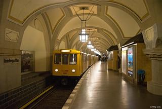 A3L 669/668 I [DE] (U-Bahn Berlin) Heidelberger Platz I 06.10.2018   by Philip Jurke