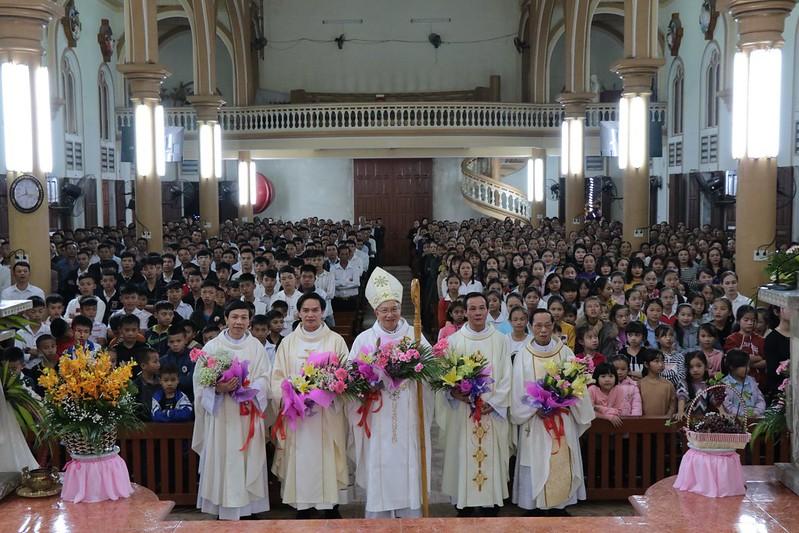 Thánh lễ Giao thừa tại Tân Vĩnh