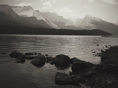 Maligne Lake, Jasper National Park, Canada | by chinese johnny
