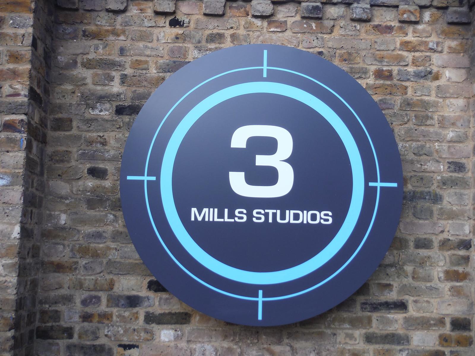 Three Mills Studios SWC Short Walk 21 - The Line Modern Art Walk (Stratford to North Greenwich)