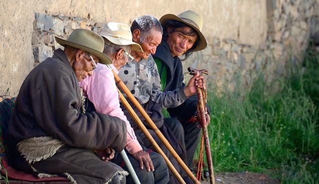 Elderly in conversation, Tibet 2014