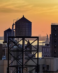 #NewYorkCity #VitusFeldmann #Sunset #NewYorkCityPhotos #Brooklyn #Watertower #Rooftop #StatueOfLiberty
