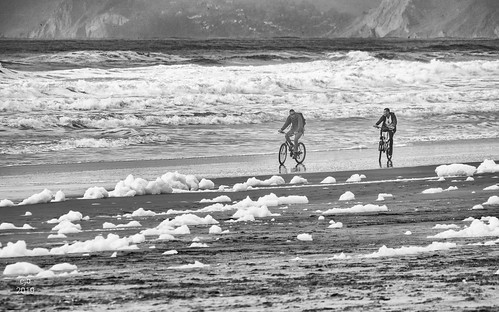 Surf Riding, Ocean Beach, San Francisco | by ejbSF