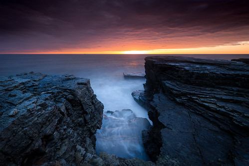 longexposure canonef1635mmf4lisusm leegraduatedfilter coastal seascape canon5dmkiii whitburn dawn sunrise leelittlestopper