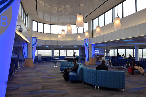 ROC Greater Rochester International Airport, Nov. 27, 2018 Remodeled Gates B8-B11 Area