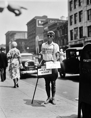 The Fighter: World War I veteran passing out copies of the Bonus Army newsletter, 1932. | by polkbritton