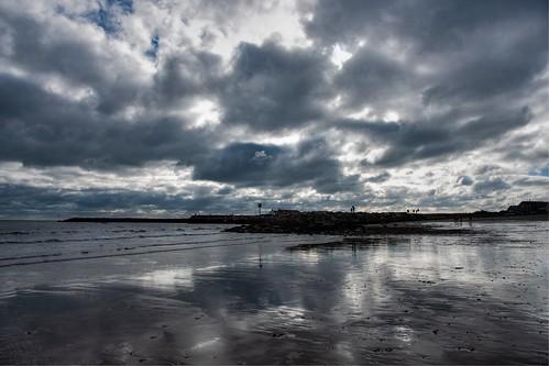 lymeregis dorset beach sea coast sand sun sky cloud cobb nikon d500 hdr