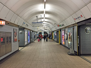 Euston station, Victoria line | by diamond geezer