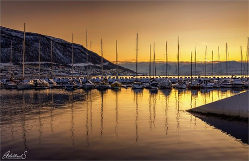 adelheidsphotography adelheidspictures adelheidsmitt northnorway northernnorway norway norwegen noorwegen norge scandinavia tromsø seascape boats sunset