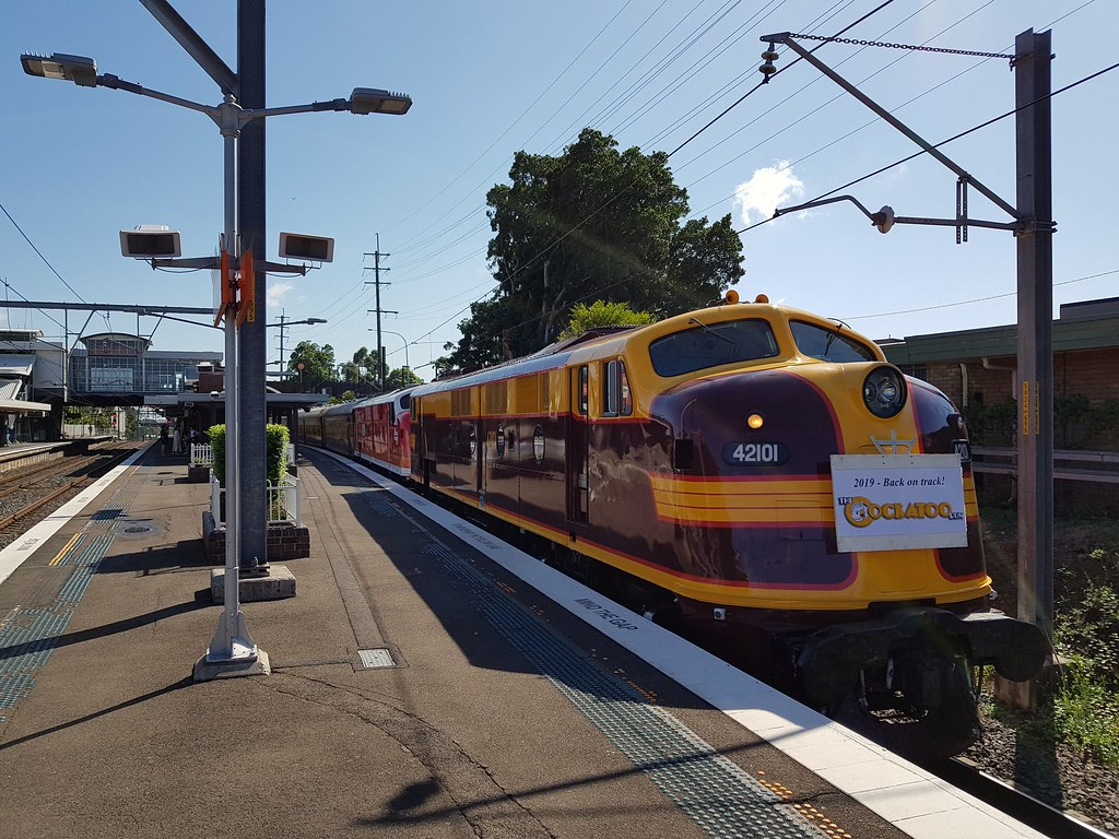 42101 & 42103 on the cockatoo run 3.2.2019 at Sutherland by mark bool