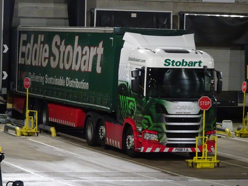 H5561 - PO68 YJL | Eddie Stobart Victoria Annabel Scania ...