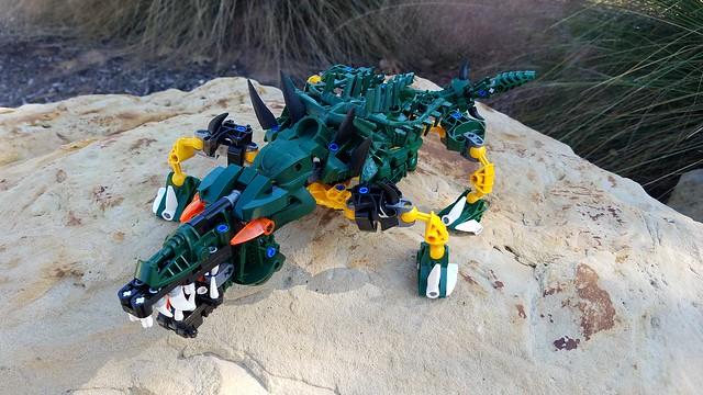 Bionicle M.O.C. - Jurjia, the Master Swordsman/Crocodile (V2)