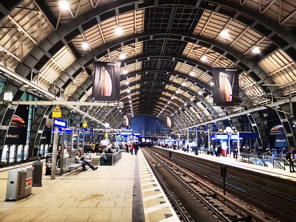 Bahnhof Alexanderplatz | de.m.wikipedia.org/wiki/Bahnhof_Ber…
