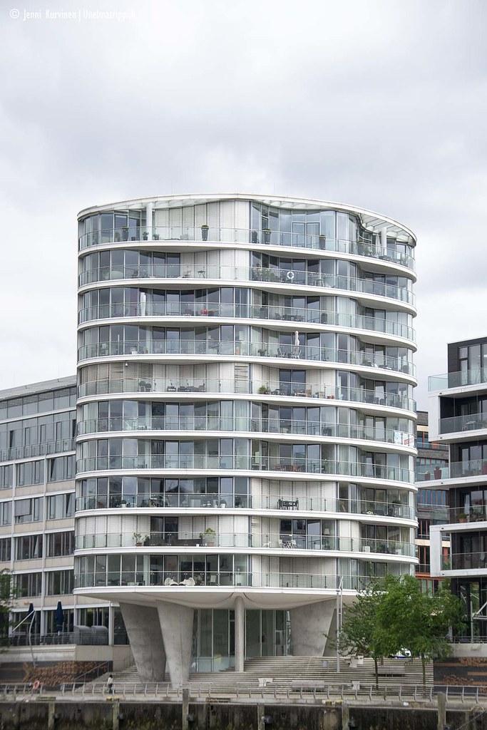 Lasinen rakennus HafenCityssä