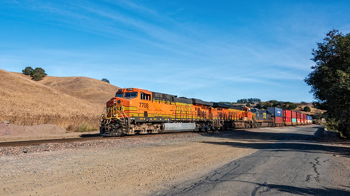 BNSF 7708 West | by lennycarl08