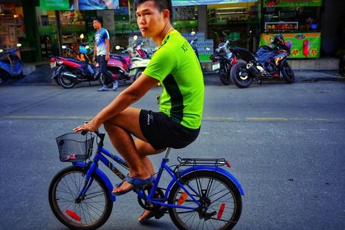 Tiny bike big guy florescent t shirt amuzing