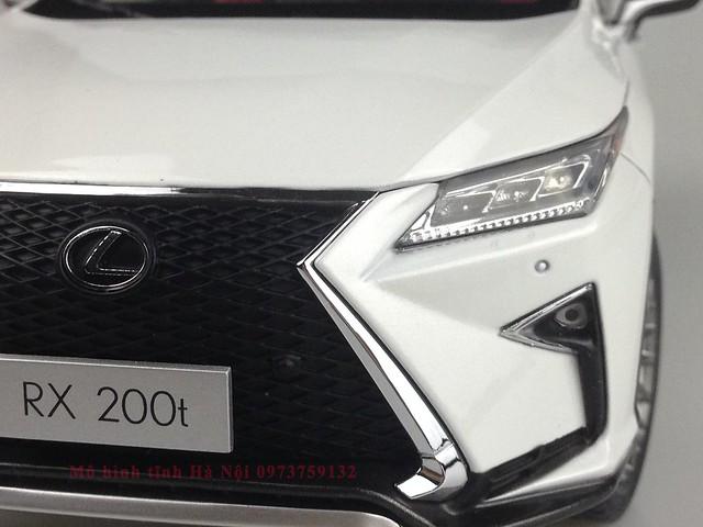 1 18 mo hinh tinh Paudi Dealer Lexus RX200T qua tang sang trong y nghia dan ong ha noi viet nam diecast 118 (5)