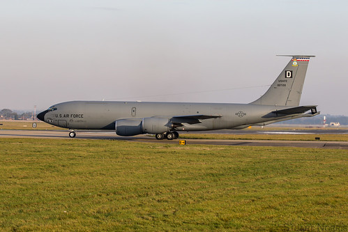 KC-135R  Stratotanker 58-0100 - 351st Air Refueling Squadron RAF Mildenhall | by stu norris